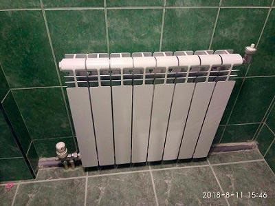 Услуги сантехника, замена батарей отопления